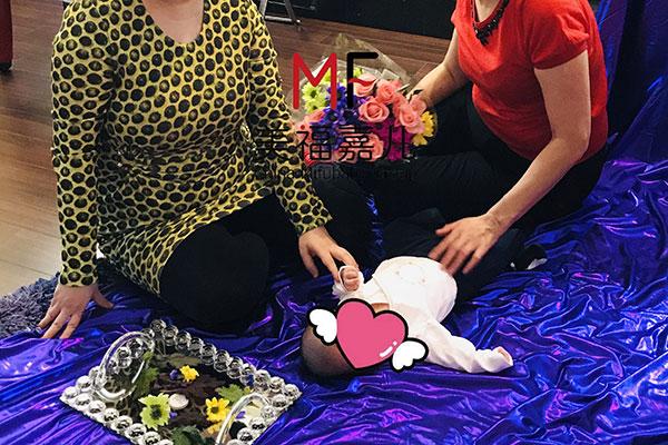 加拿大宝宝拍照仪式.jpg