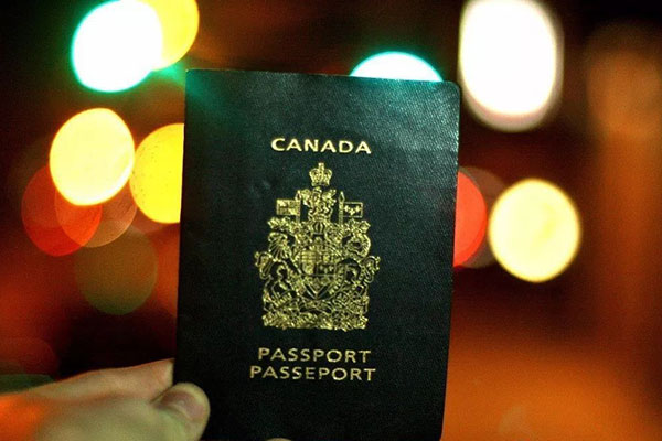 政策解读:生孩子入籍加拿大需要什么条件?怎么申请?