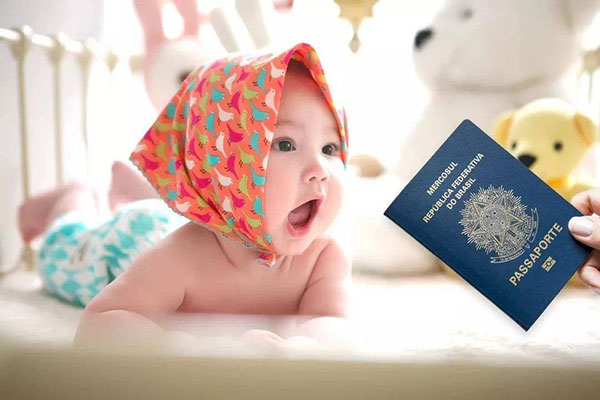 在加拿大出生的孩子是什么国籍?是中国籍还是加拿大籍?