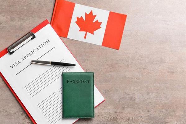 加拿大今年移民缺口巨大,政府表示将继续欢迎赴加生子!