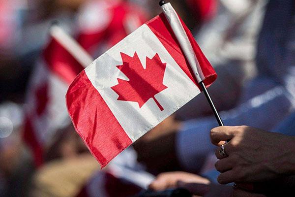 成都赴加拿大生孩子什么样的家庭适合去?